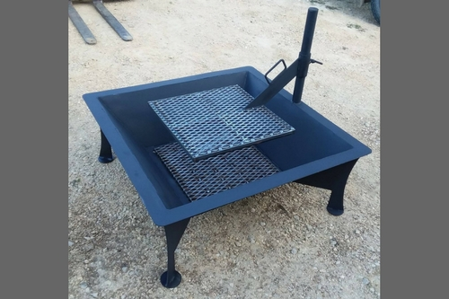 Jones County Ironworks: Camp Fire Pit & Cooker